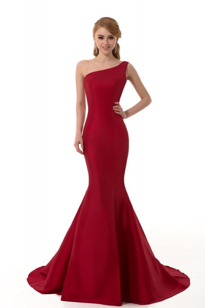 kırmızı elbise modeli balık
